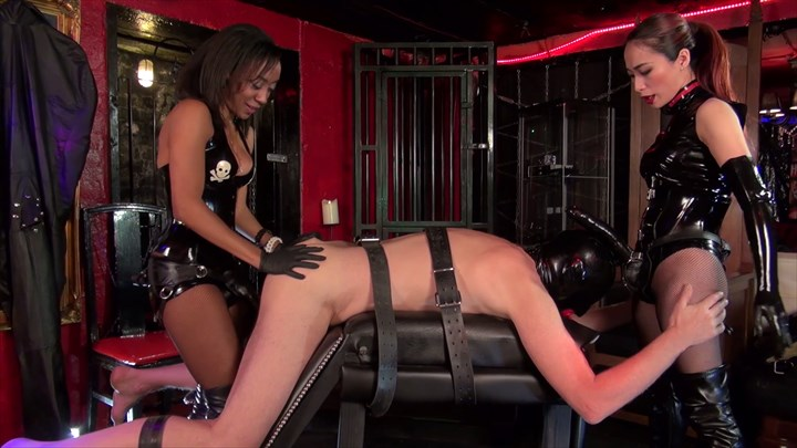 The Strap-on Slut of 2 Ladies Ebony Domination Dildo Sucking Ass Play 2-on-1 Action Strap On