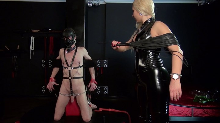 Mistress Martas Slave Whipping Vacuuming Nipple Torture CBT