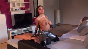 India Amazonas - Fetish Face-S Domination/FemDom Fetish Face-Sitting/Smothering