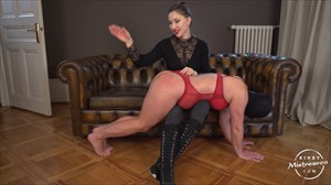 Spanked By Princesse Venus Spanking