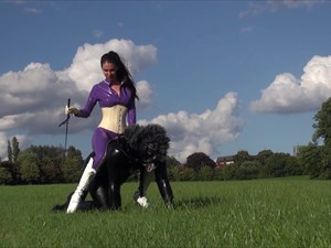 Mistress Susi - Latex Ponyride