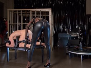 Black Mamba - Strap-on Fucking and CP