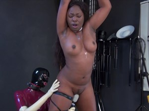 Fetish Nelja - Forced Orgasm