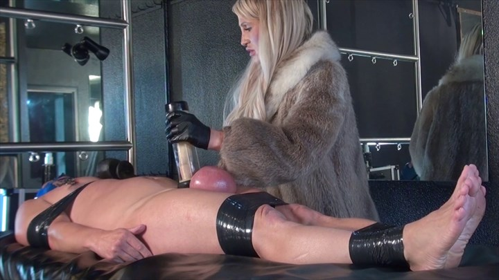 Big Balls, Deepthroat & Milking CBT