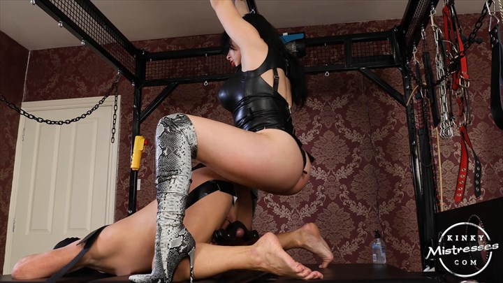 Strap-on Fun With Damara Strap On