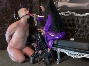 Kennya`s Sissy Smoking Slut