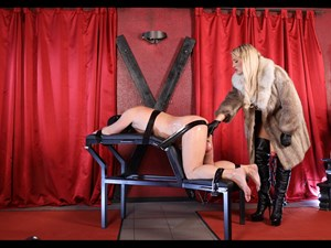 Calea Toxic - Taped And Fucked